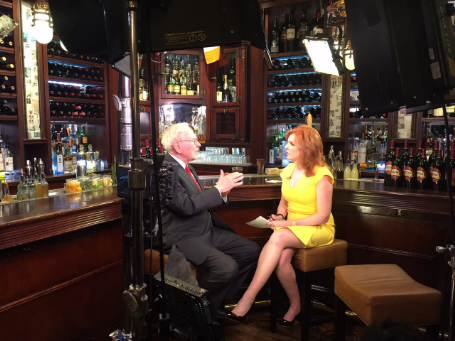 Berkshire Hathaway Chairman and CEO Warren Buffett talks 2016 politics in an exclusive interview with FBN's Liz Claman.