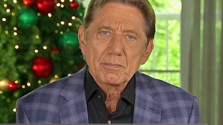 NFL Hall of Fame Quarterback Joe Namath on his use of a hyperbaric chamber to treat the effects of the concussions he received while playing football.