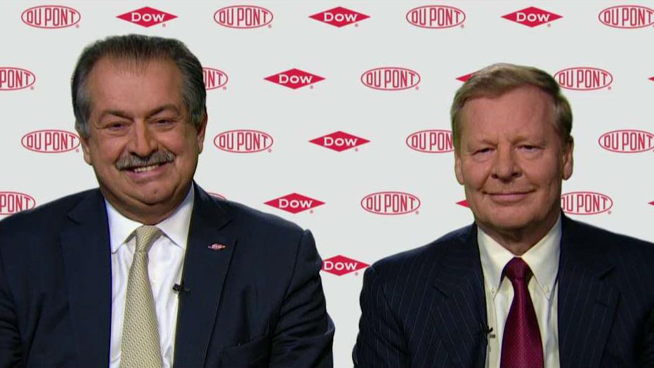Dow Chemical Chairman and CEO Andrew Liveris and DuPont Executive Chairman and CEO Edward Breen discuss the merger agreement between the two companies.
