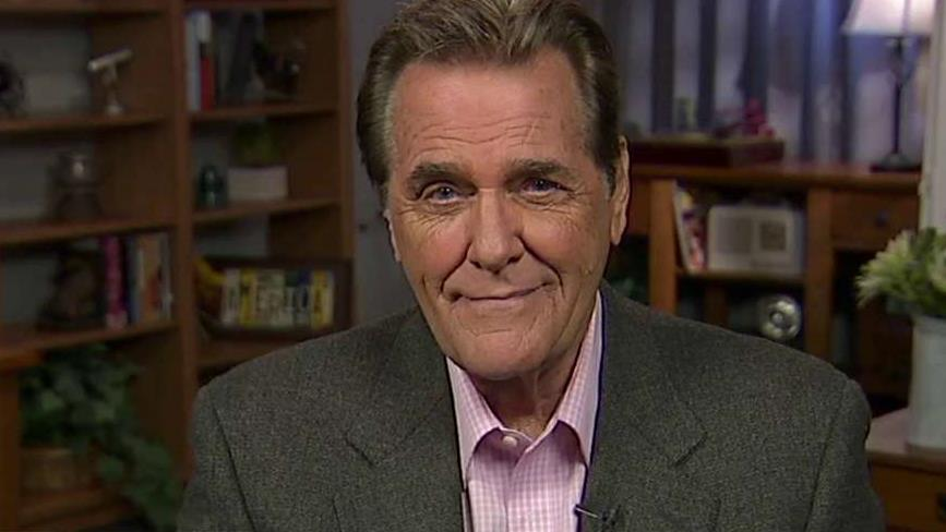 Former 'Love Connection' host Chuck Woolery on the 2016 presidential race.