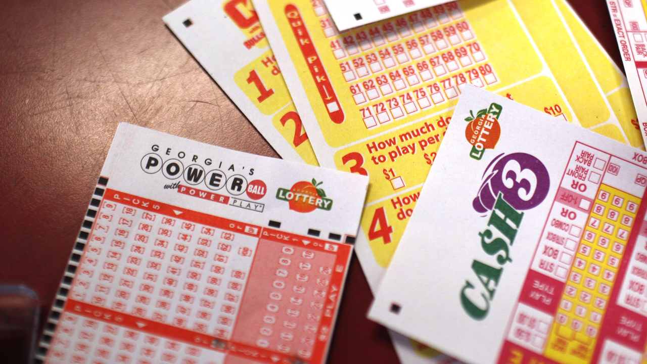 Seven-time lottery grand prize winner Richard Lustig offers advice for playing the lottery.