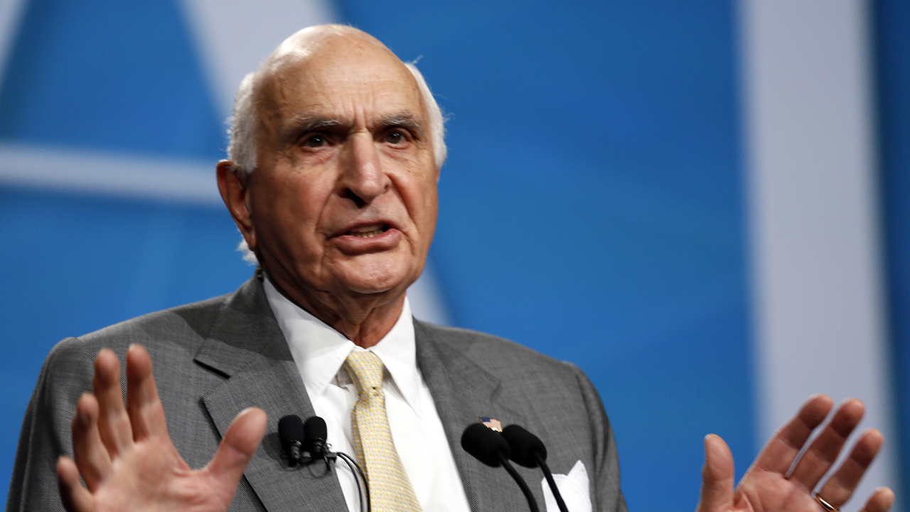 Former Home Depot CEO Ken Langone says he's backing John Kasich until he leaves the race.