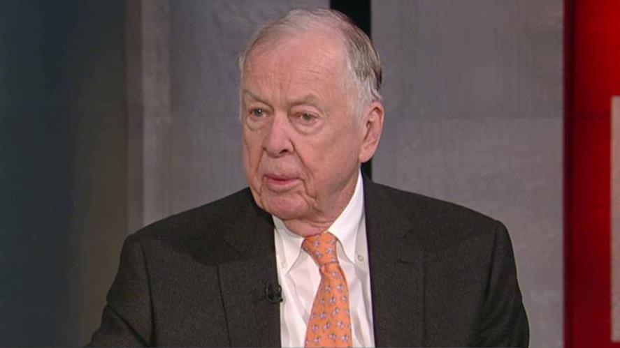 BP Capital chairman T. Boone Pickens on the outlook for oil prices, the U.S. economy and the 2016 presidential race.