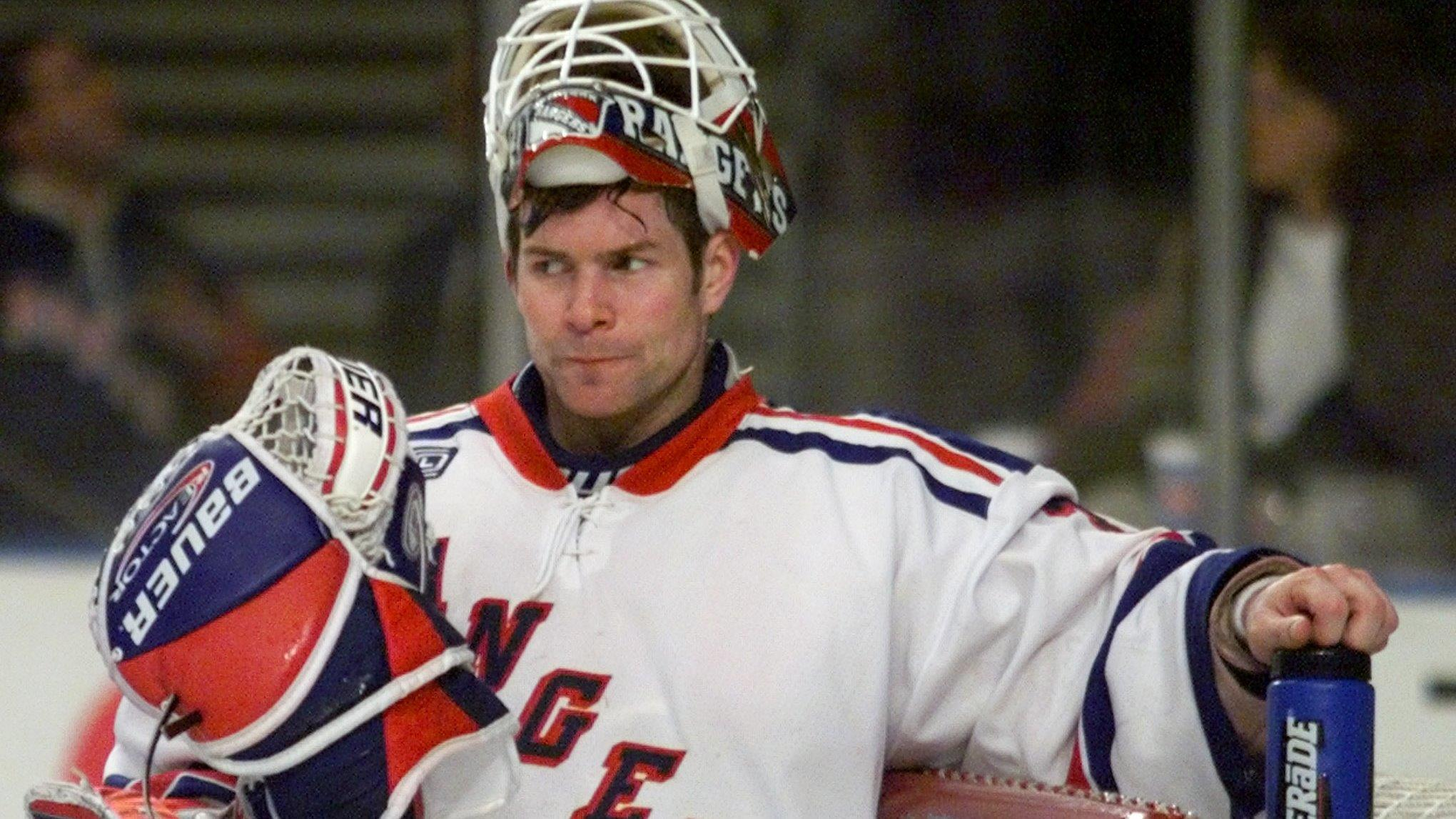 Former New York Rangers goalie Mike Richter on Jordan Spieth's collapse at the Masters, his charity for pediatric cancer and Hillary Clinton's subway swipe.