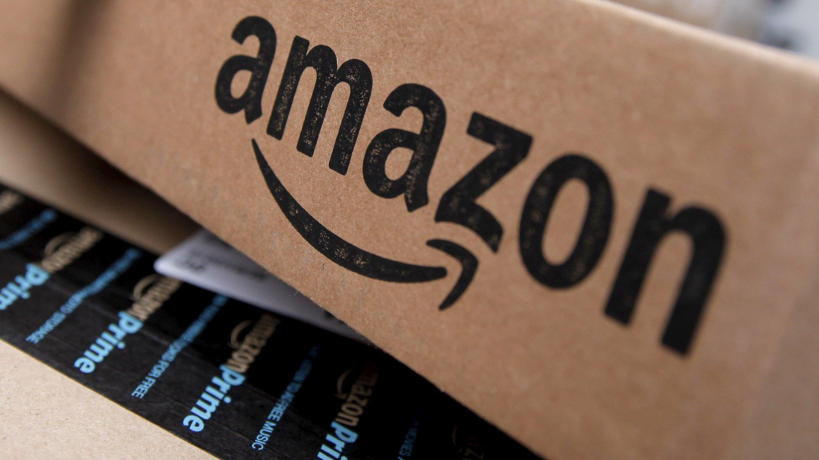 FBN's Liz MacDonald on what's behind the rise in Amazon shares.