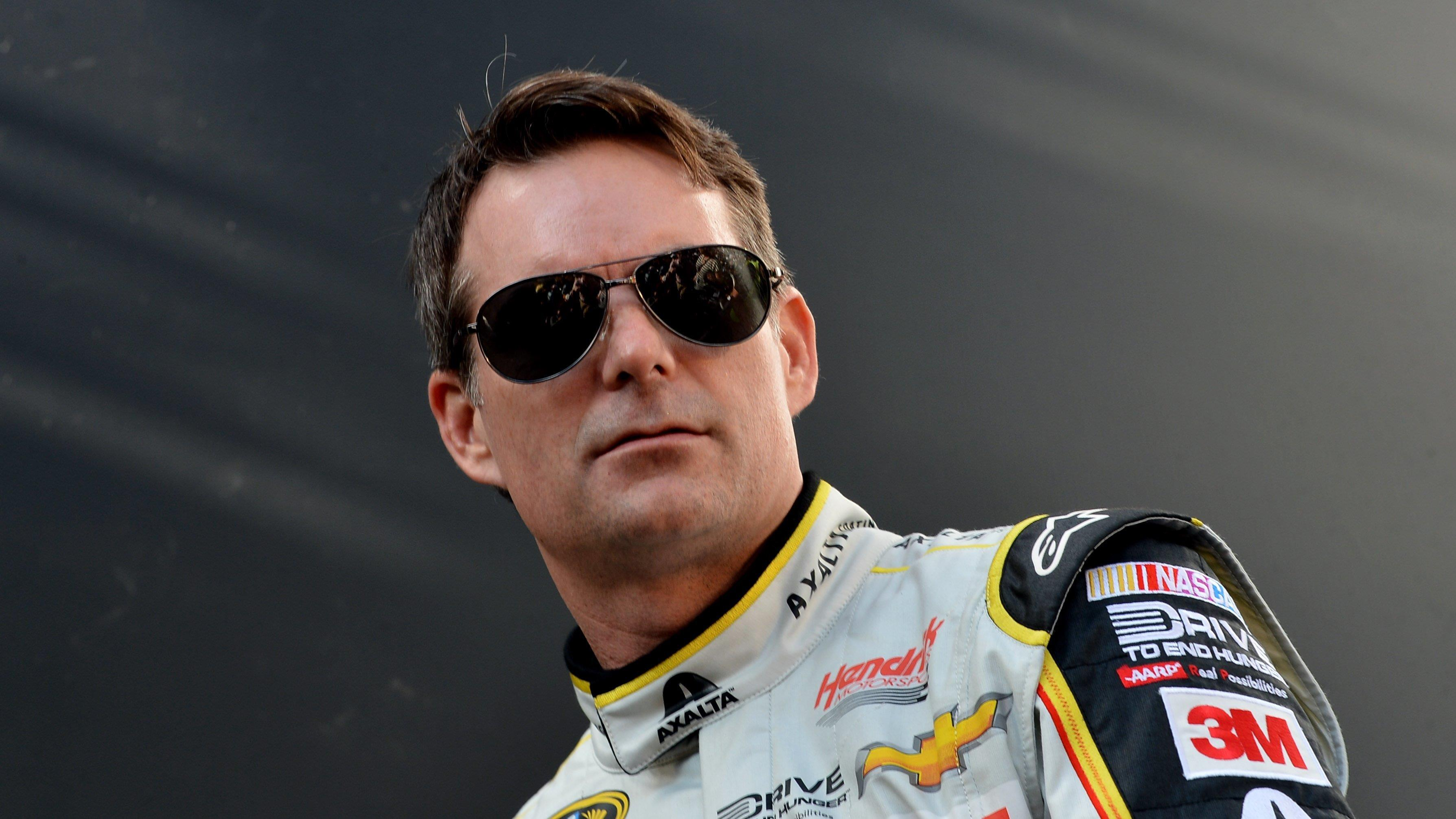 NASCAR legend Jeff Gordon discusses his new career in live television, his career as a racecar driver and his new biography.
