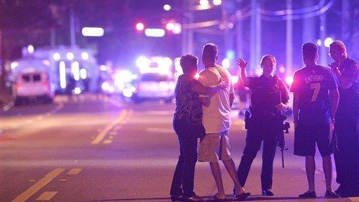 Nic Horstein discusses what he saw outside of Pulse nightclub in Orlando.