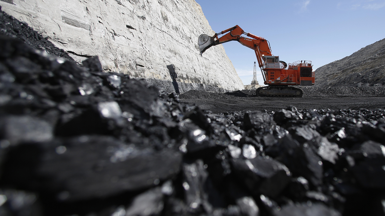 Murray Energy CEO Robert Murray explains how the war on coal is impacting his business.
