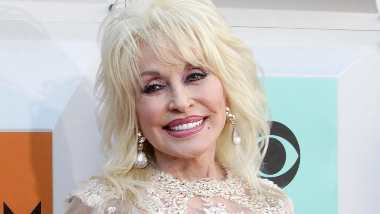 Musician Dolly Parton on how technology has change the music business.