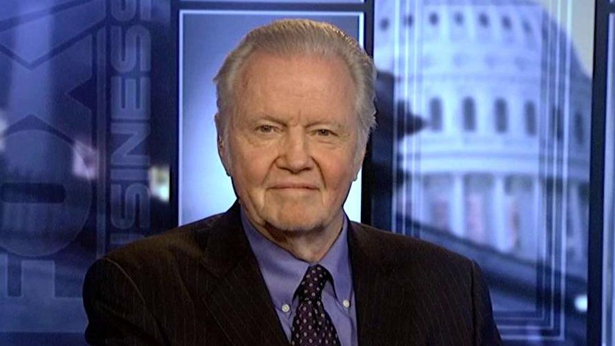 Actor and Donald Trump supporter Jon Voight weighs in on the existence of conservatives in Hollywood and the 2016 presidential election.