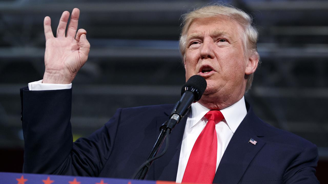 Billionaire investor Mark Cuban on the economic plans of Hillary Clinton and Donald Trump.
