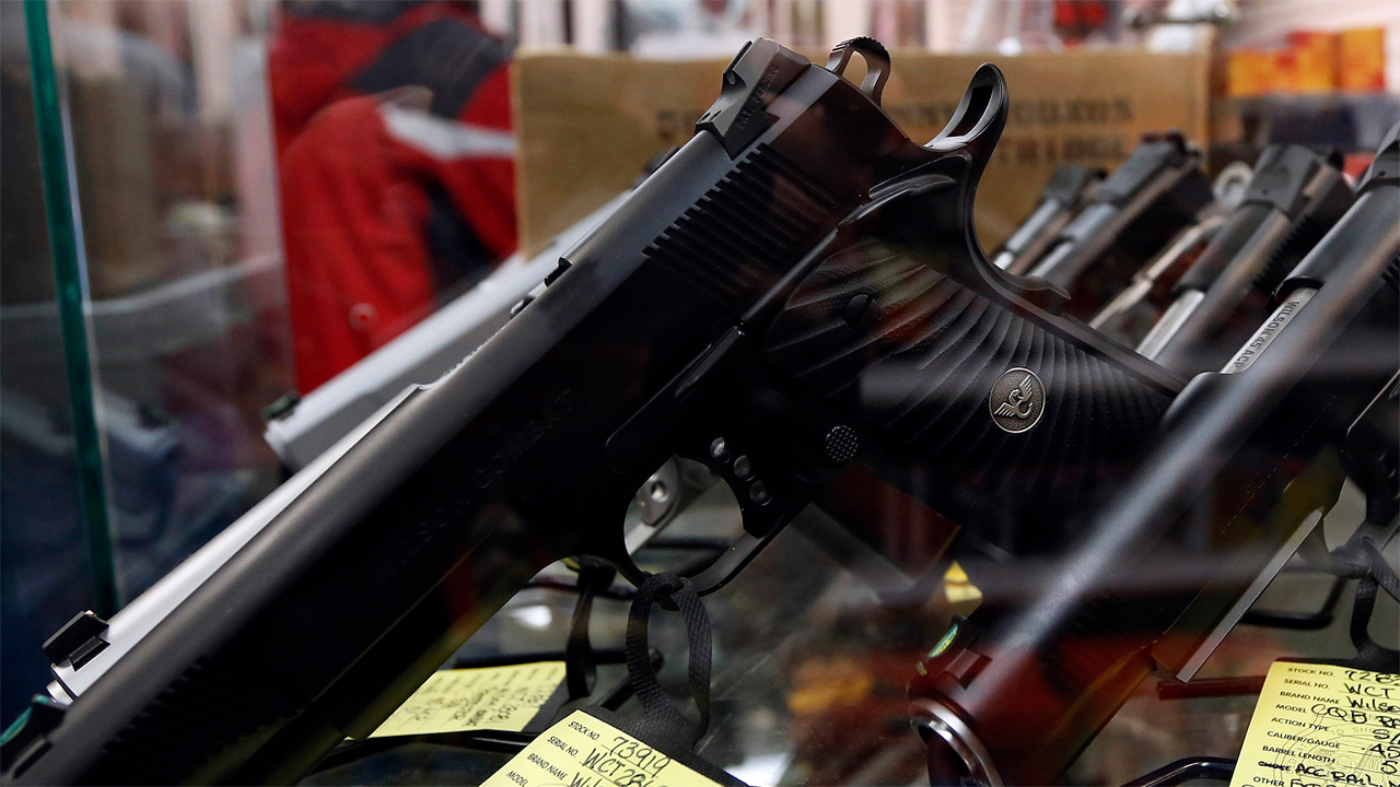 FBN's Jeff Flock reports on the rise in gun sales across the U.S.