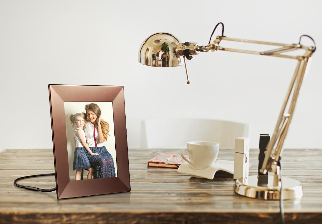 Nixplay's picture frames combine WiFi cloud service and instant shareable content perfect for holiday gifts.