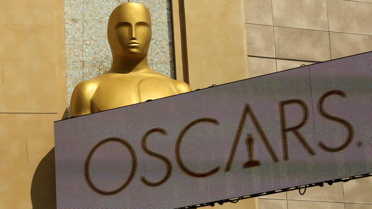 WBAI Chief Film Critic Mike Sargent on the movies in theaters this weekend and the Academy Award nominations.