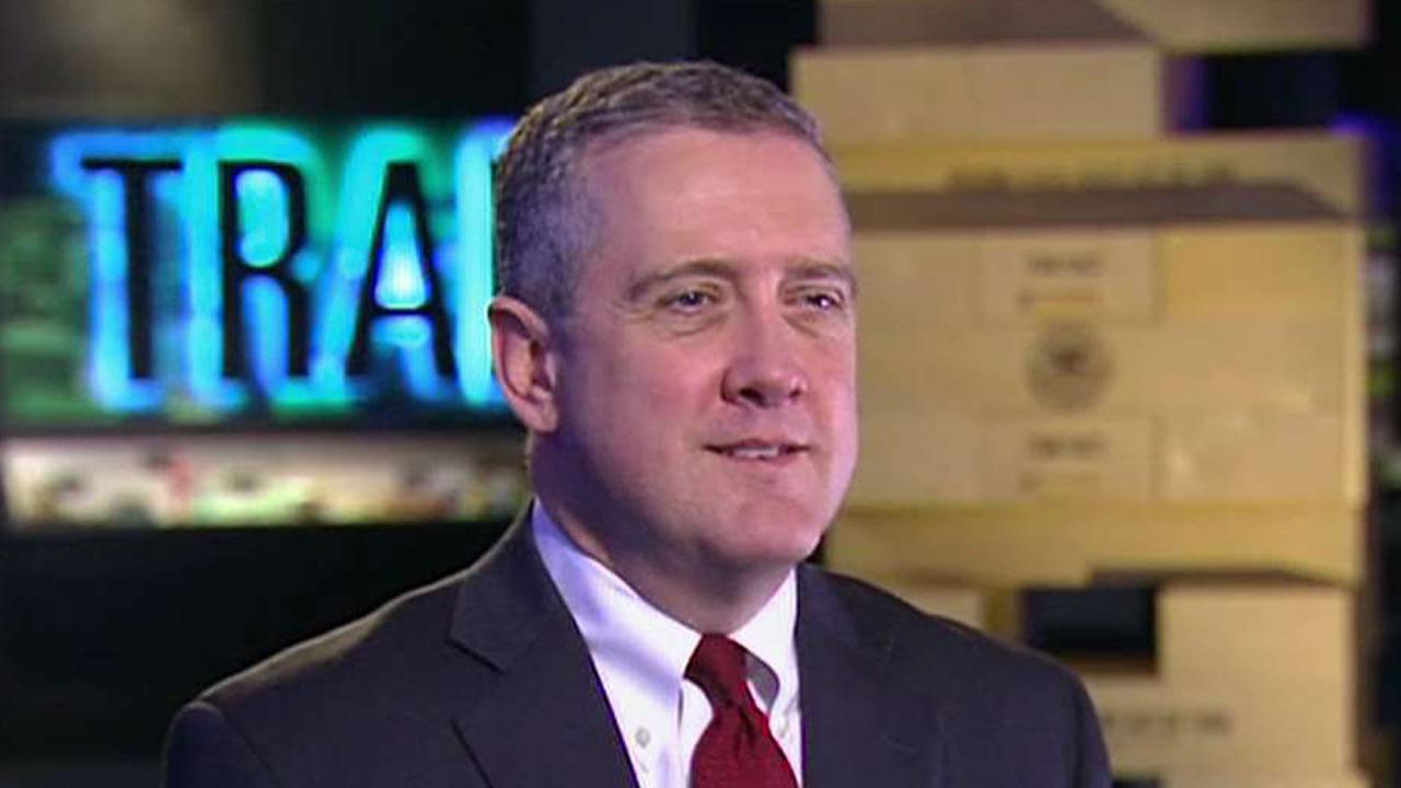 St. Louis Federal Reserve President James Bullard discusses the pace for rate hikes and the impact of the new administration in 2017.