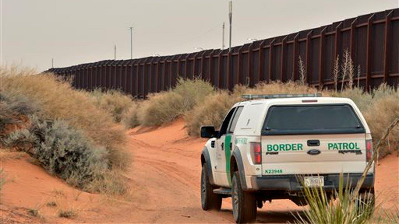 Former Rep. Ron Paul (R-TX) on health care, tax reform, trade and President Trump's calls for a wall on the border with Mexico.