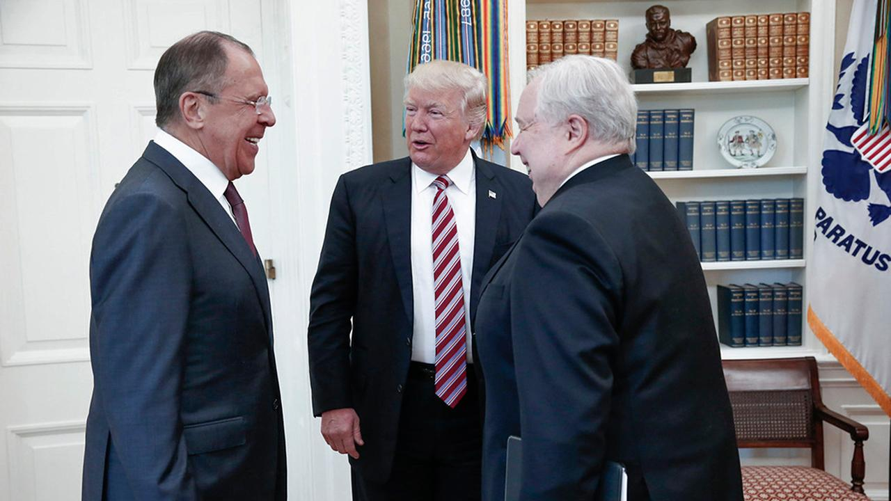 Former World Chess Champion and Human Rights Foundation chairman Garry Kasparov on President Trump's meeting with Russian officials at the White House.