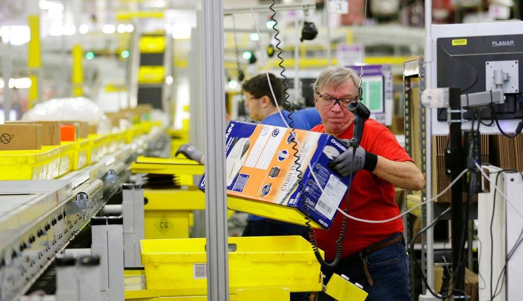 Former Walmart USA CEO and President Bill Simon weighs in on why he believes Amazon cannot continue to grow at massive rates and why he believes its stock is not a good investment.