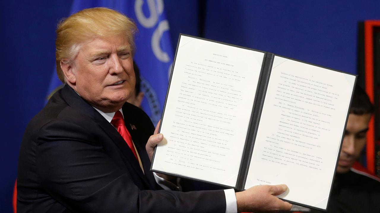 FiscalTimes.com columnist Liz Peek and Kelly & Co. managing partner Kevin Kelly on President Trump's comments over NAFTA.