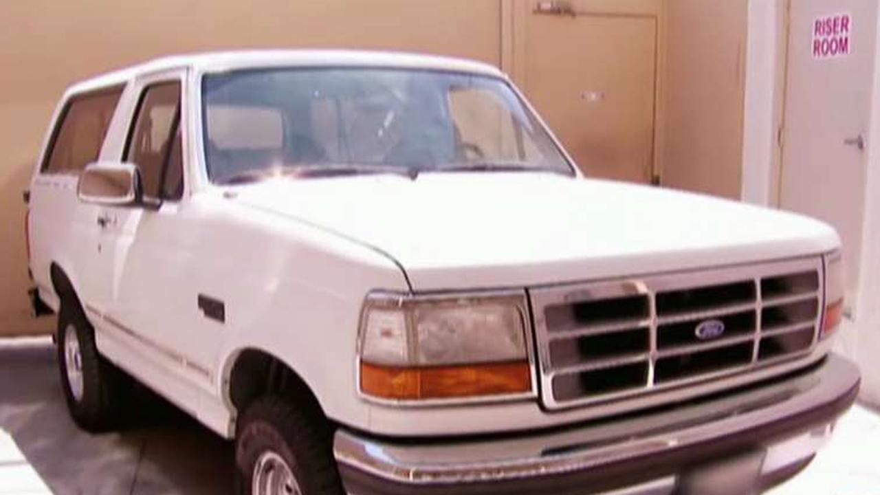 'Pawn Stars' Rick Harrison auctions off O.J. Simpson's infamous Ford Bronco.