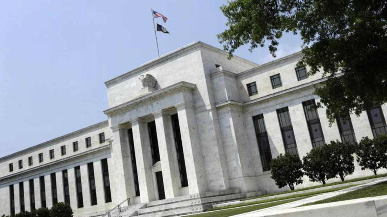 FBN's Adam Shapiro on the Federal Reserve's decision to keep the federal funds rate the same.