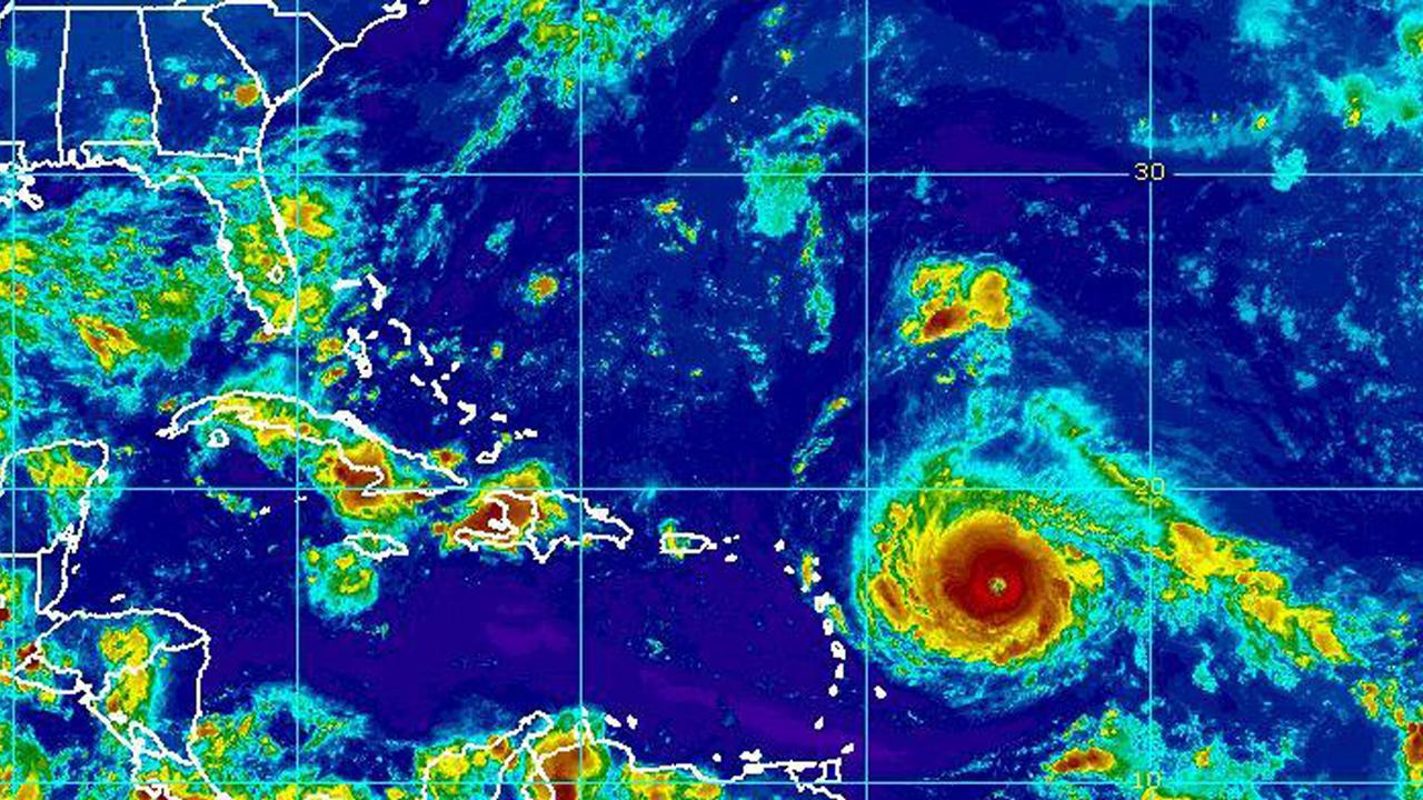 Weather 2000 chief meteorologist Michael Schlacter weighs in on the strength of Hurricane Irma and its impact to the southern Florida region.