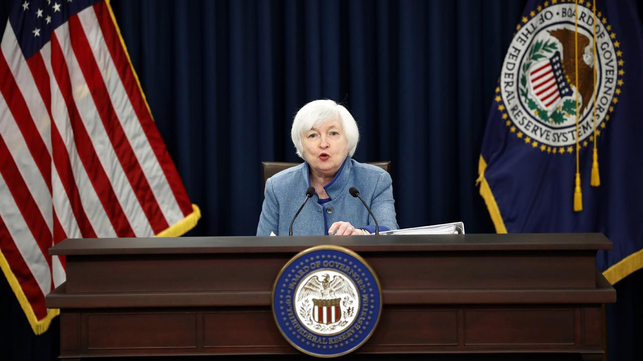 Wall Street Journal chief economic correspondent Jon Hilsenrath explains whether Federal Reserve Chair Janet Yellen will be replaced by President Trump, who reportedly has several other contenders in mind for the position.