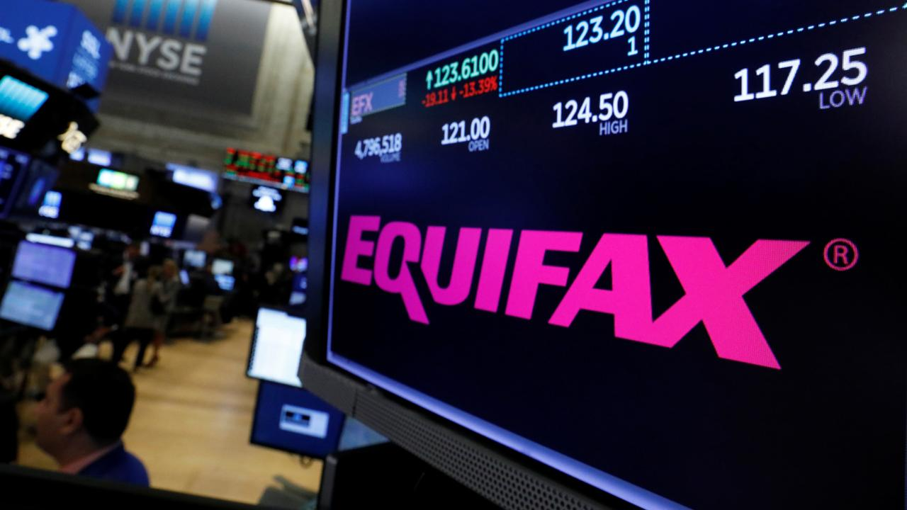 Belpointe chief strategist Dave Nelson and Surevest Wealth Management CEO Robert Luna on the former Equifax CEO's testimony before Congress over the data breach.