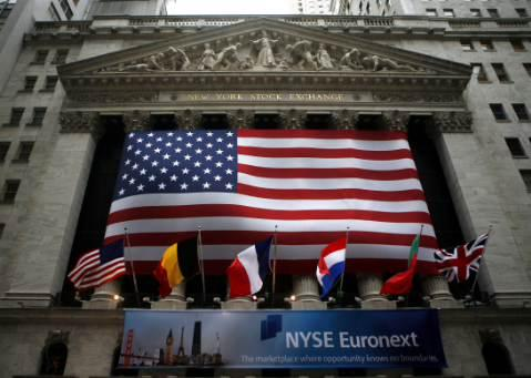 As the Dow hits another all-time high of 23,000, Peter Morici, business professor at the University of Maryland and former chief economist at the U.S. International Trade Commission, says the stock index will hit 30,000 by the end of President Trump's first term if tax reform is passed.