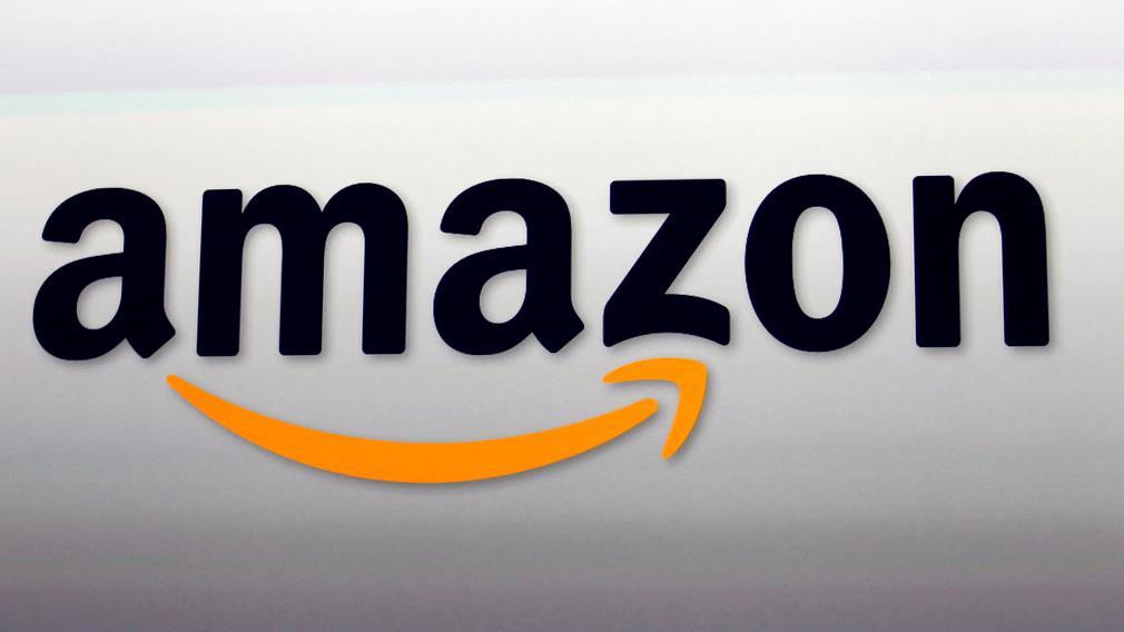 NYU Stern Professor Scott Galloway discusses his outlook for Amazon.