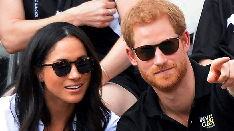 Prince Harry and U.S. actress Megan Markle have announced their engagement.