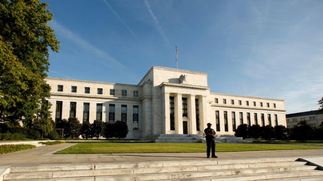 Janus Henderson Portfolio Manager Bill Gross discusses President Trump's nominee for Federal Reserve Chairman.