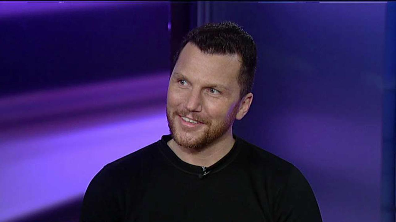 Former NHL player Sean Avery discusses his career as a professional hockey player and what he would have done against the NYC terrorist.