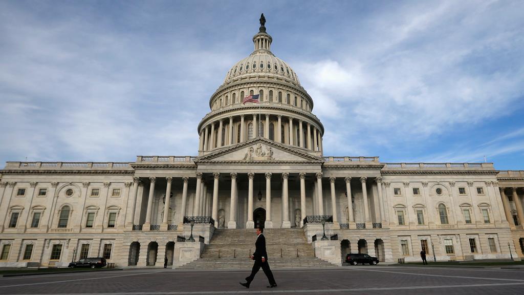 Sen. John Tester (D-Mont.) on easing regulatory burdens on financial firms and GOP tax reform.