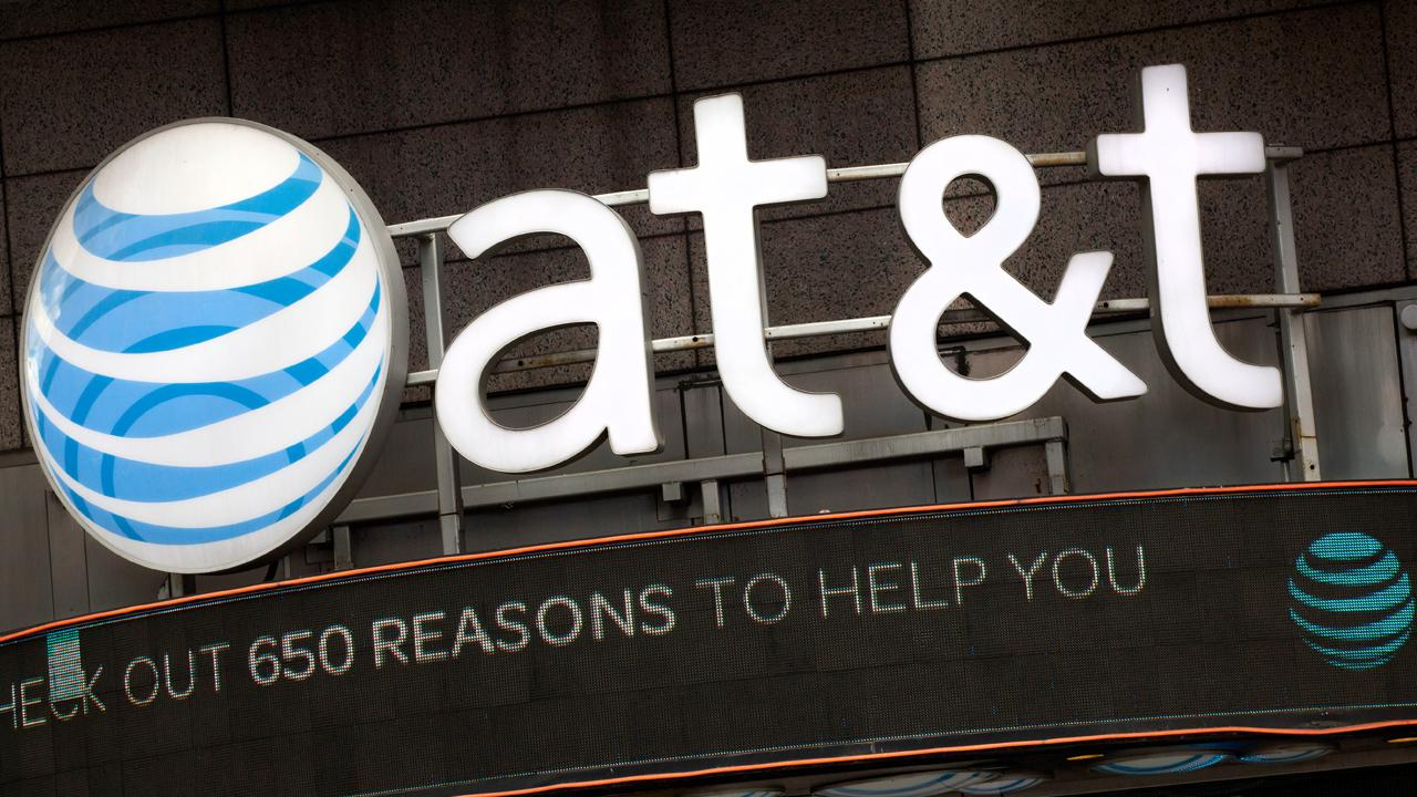 FBN's Charlie Gasparino discusses the Justice Department taking AT&T to court to block the proposed merger with Time Warner.