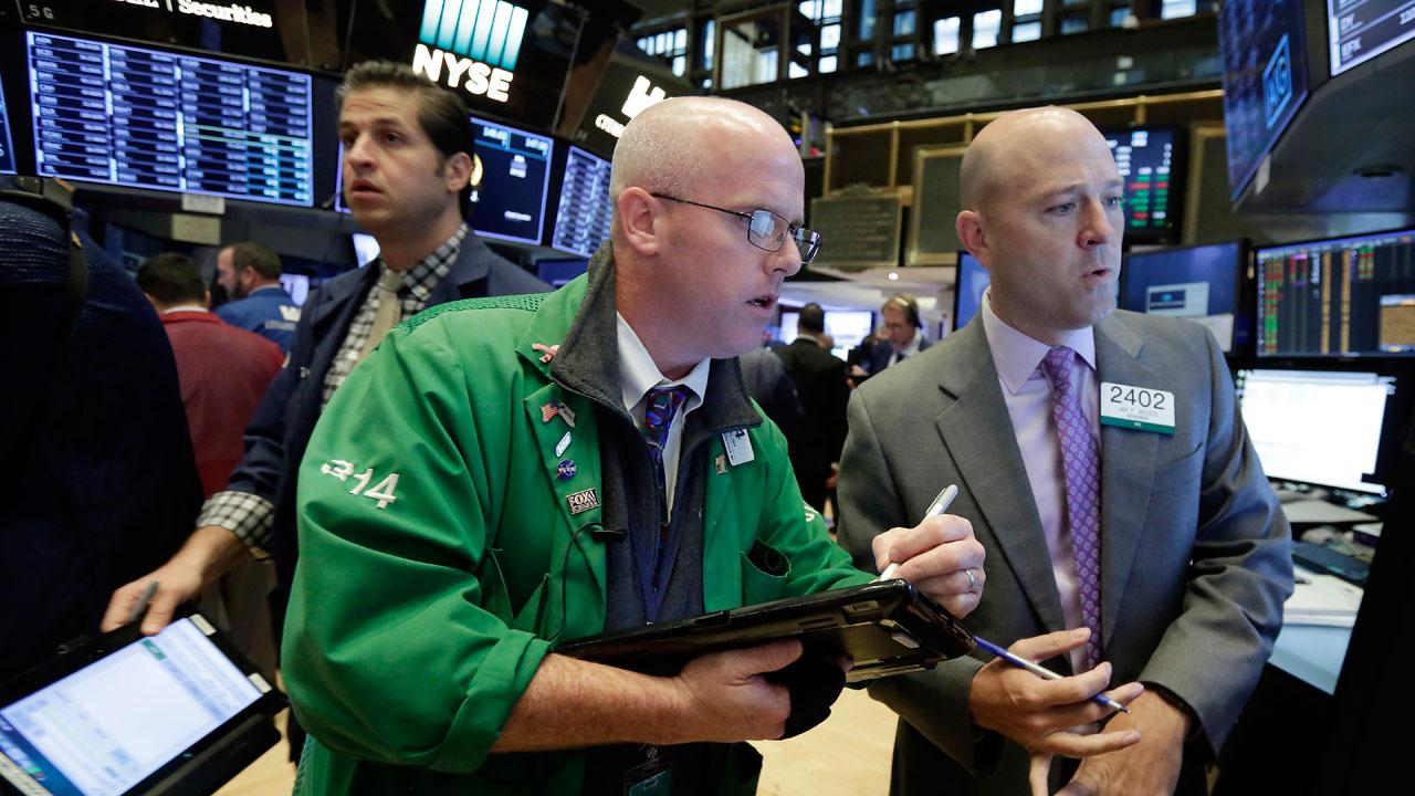FOX Business' Charles Payne reports on what pushed stocks to the green in today's Wall Street trading sessions.