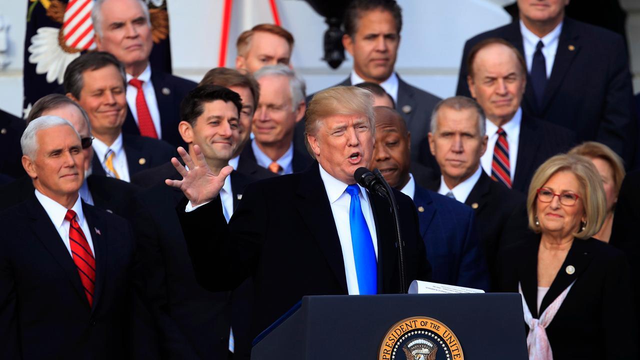 Former Obama economic adviser Austan Goolsbee and Forbes Media Chairman Steve Forbes debate over who's to blame for the bullish economy.