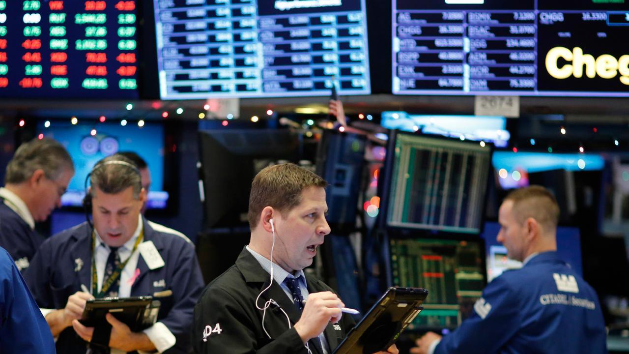 Kaltbaum Capital Management President Gary Kaltbaum discusses whether a government shutdown will impact the market.