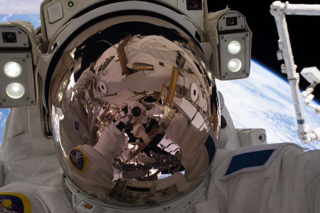 President Trump is pushing for the privatization of the International Space Station (ISS) by 2025. From operating concerns to the future of NASA, here's a look at the pros and cons to such a proposal.