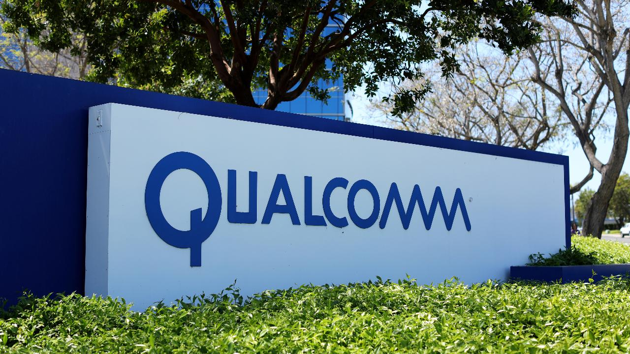Rep. Duncan Hunter, (R-Calif.), on national security concerns over Broadcom's bid for Qualcomm and reports that North Korea is open to talks with the U.S.