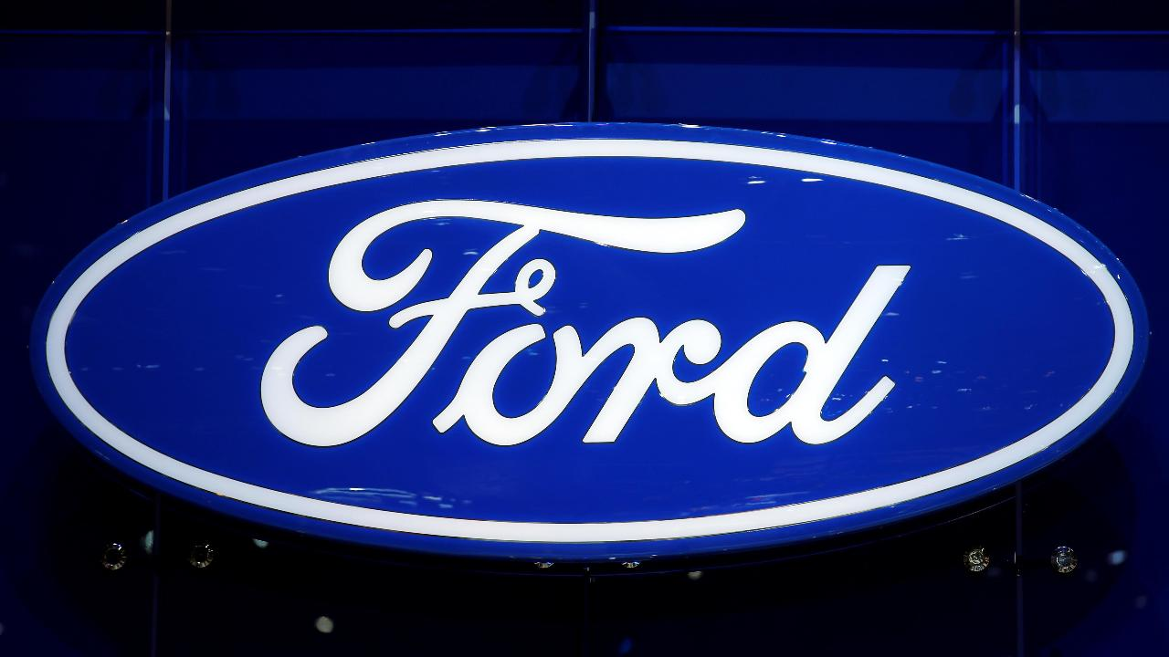 Ford has recalled 1.4 million vehicles over steering issues. FBN's Nicole Petallides with more.