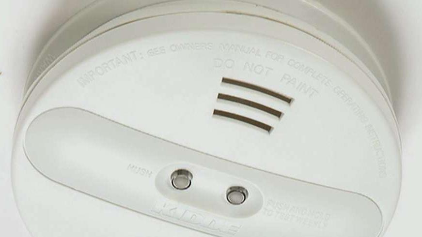 The U.S. Consumer Product Safety Commission recalled more than 500,000 smoke detectors in the U.S. and Canada. FBN's Hillary Vaughn with more.