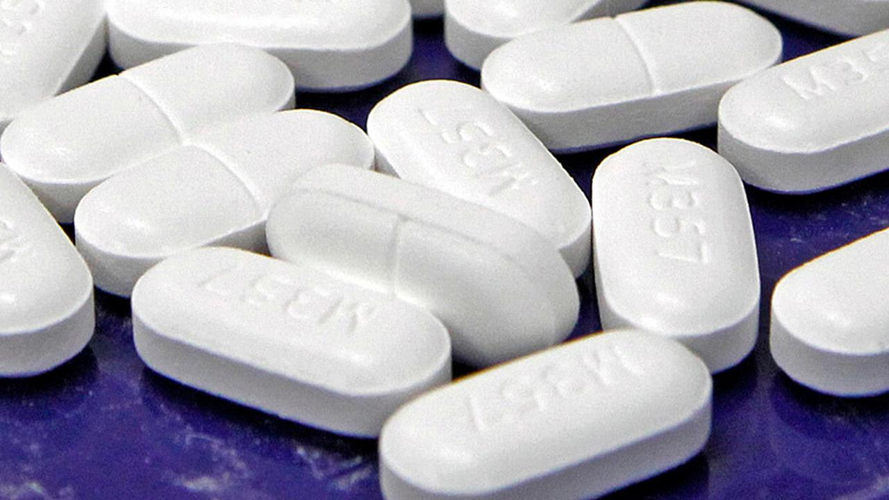 """Dr. Drew"" host Dr. Drew Pinsky discusses the White House's opioid summit and how these prescription drugs kill."
