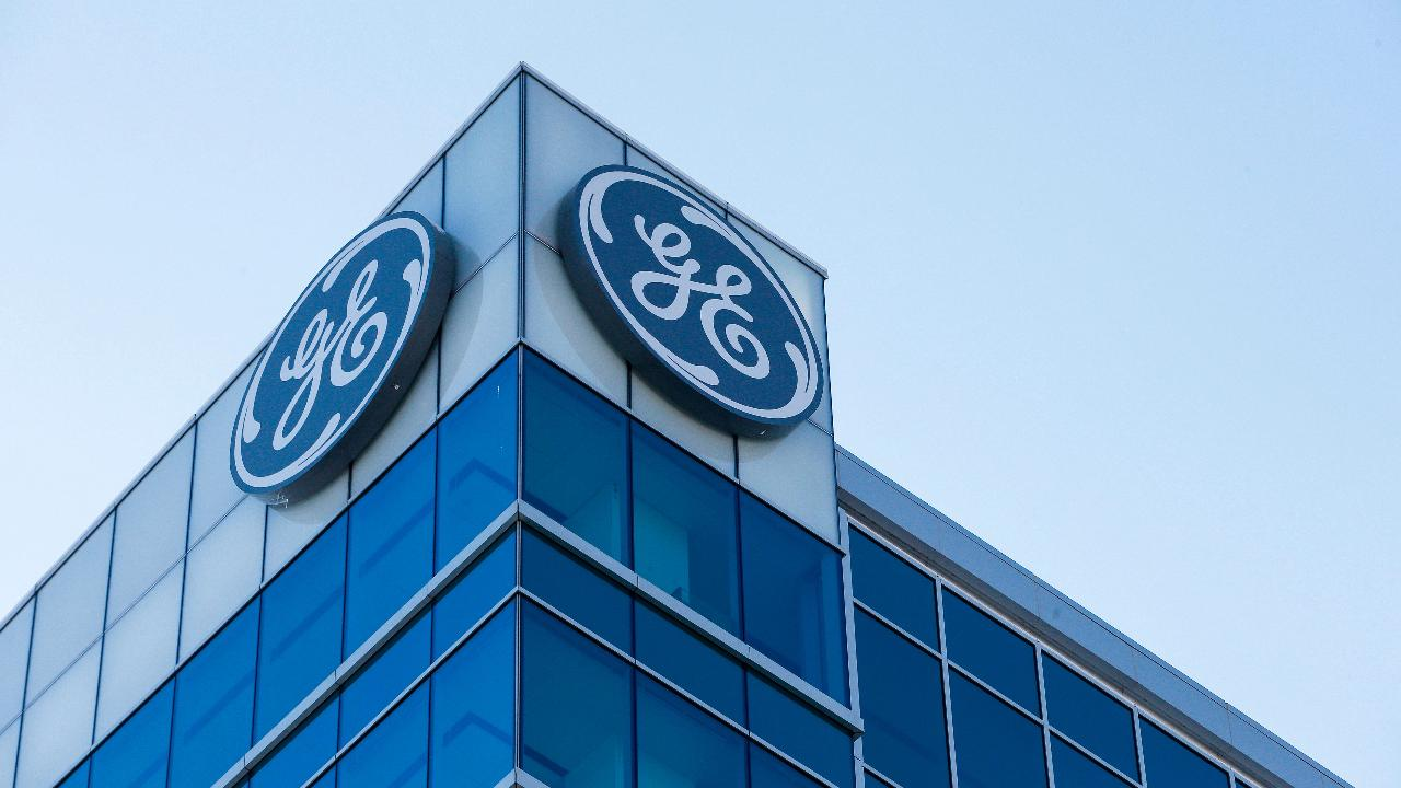 Former Chrysler CEO and former General Electric executive Bob Nardelli on GE's first-quarter results.
