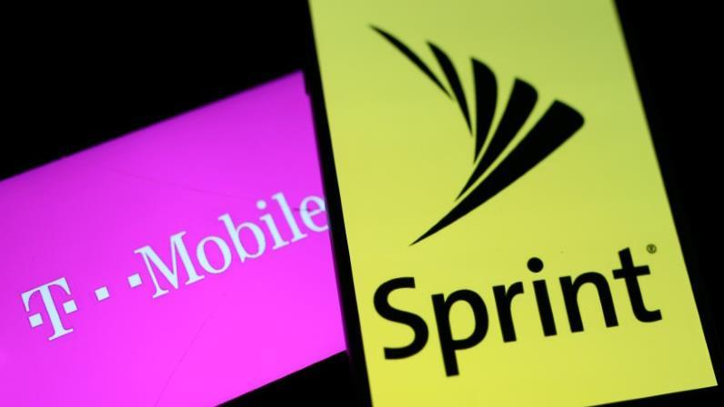 FBN's Charlie Gasparino on reports Sprint and T-Mobile have restarted deal talks.