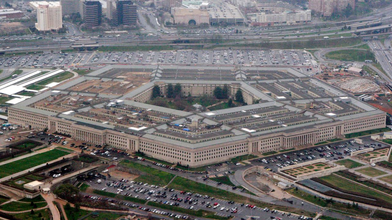 Mashable Tech Editor Pete Pachal on reports Amazon is close to winning a $10B Pentagon contract for cloud services.