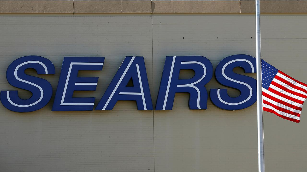 Fox Business Briefs: Sears identifies approximately 100 non-profitable stores and announces plans to close 72 of them; the company has shuttered about 530 struggling locations over the last year.