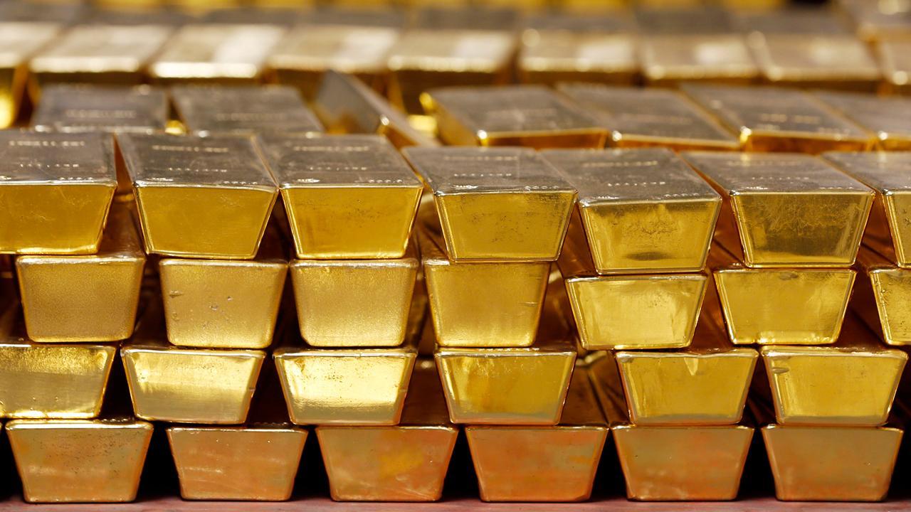 Jalinski Advisory Group President Josh Jalinski discusses how Egyptian billionaire Naguib Sawiris put half of his fortune into gold.