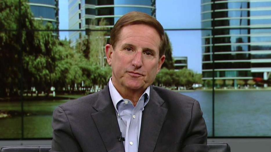 Oracle CEO Mark Hurd on the state of the U.S. economy, the state of the job market and regulations.