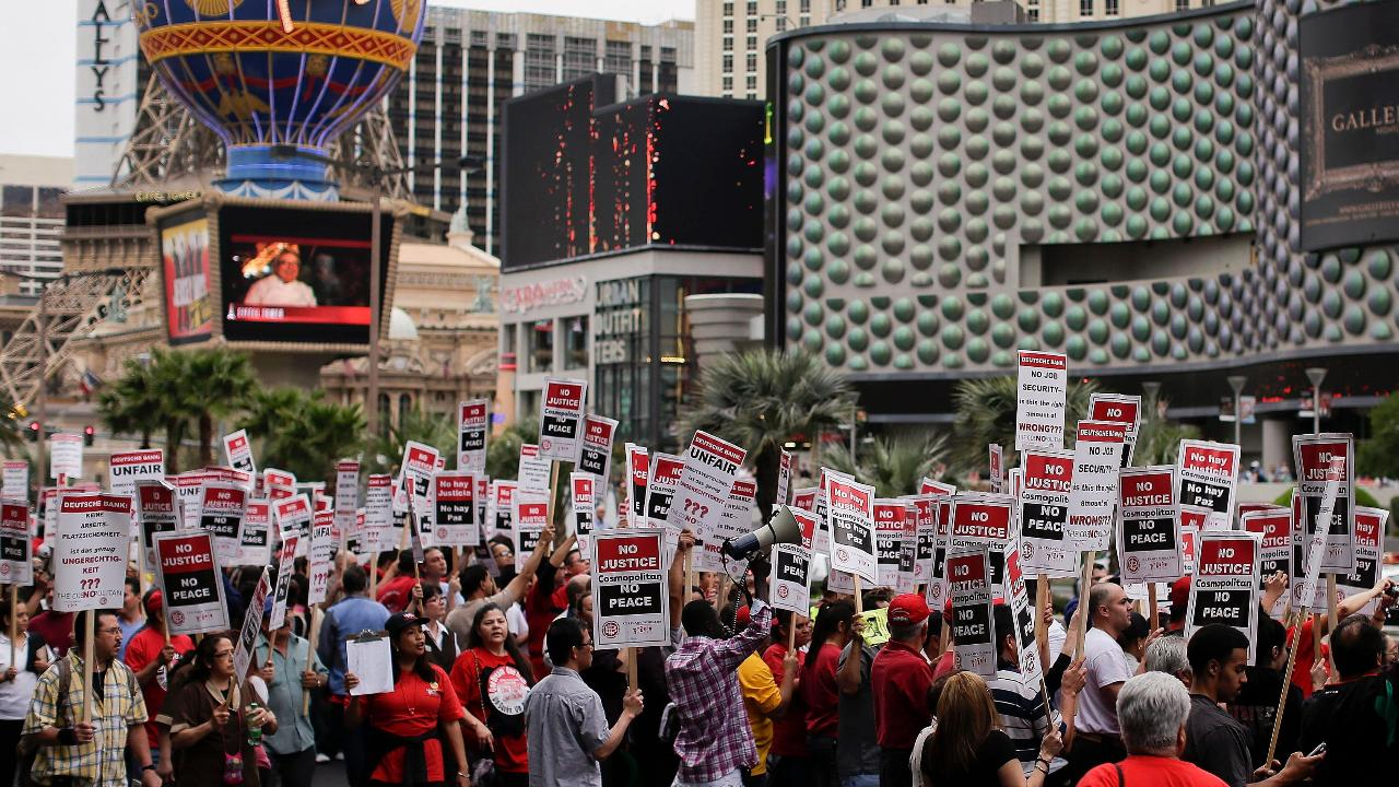 FBN's Jeff Flock with the latest on the union workers' negotiations with Las Vegas casinos.